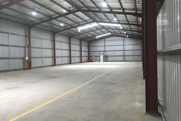 14 Industrial Drive Emerald QLD 4720 - Image 2