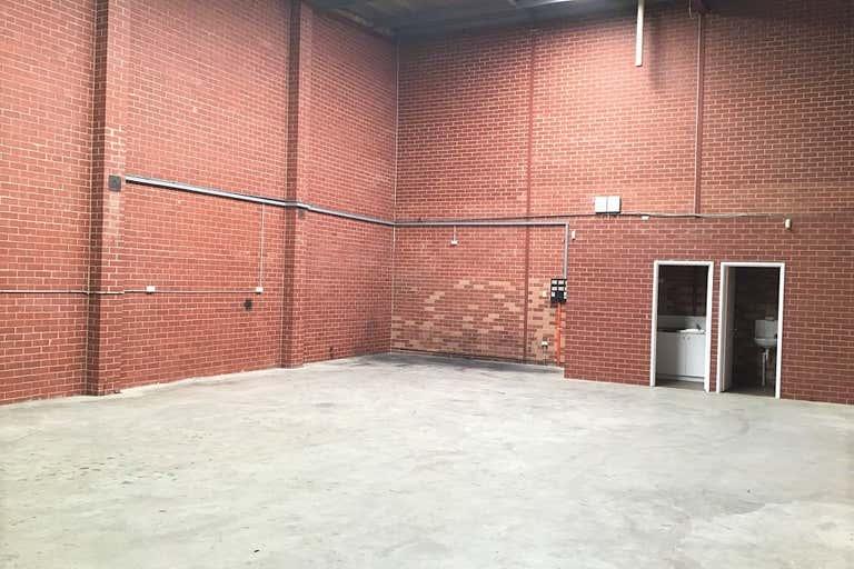 Unit 3, 15 Milford Street East Victoria Park WA 6101 - Image 4