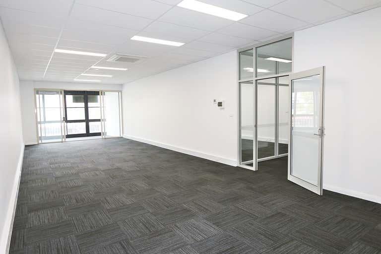 Upstairs Suite 3, 157-159 Baylis Street Wagga Wagga NSW 2650 - Image 1