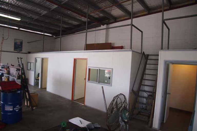 58 Glenmore Road Park Avenue QLD 4701 - Image 2