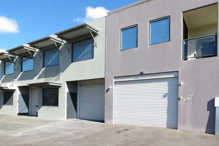 2/5 Sleeman Close O'Connor WA 6163 - Image 1