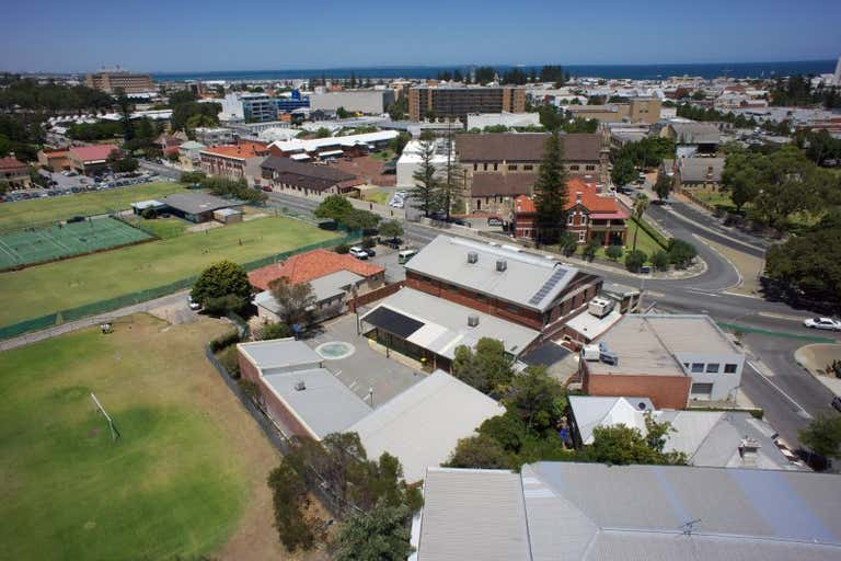 12  Parry Street Fremantle WA 6160 - Image 2