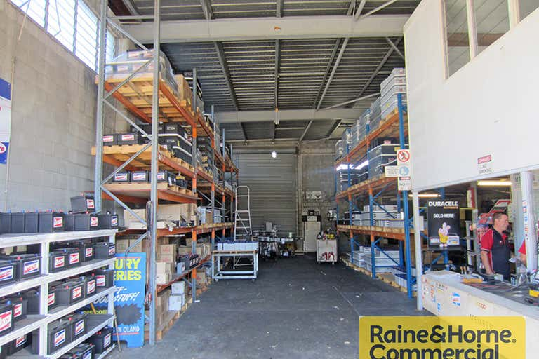 1/242 South Pine Road Enoggera QLD 4051 - Image 2