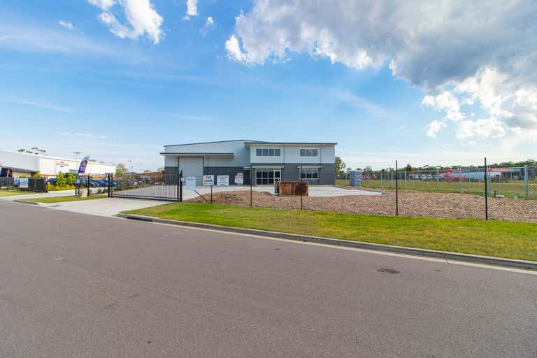 73 Mustang Drive Rutherford NSW 2320 - Image 1