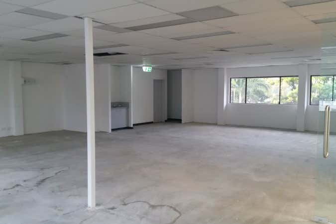 5a/66 Duporth Avenue Maroochydore QLD 4558 - Image 4