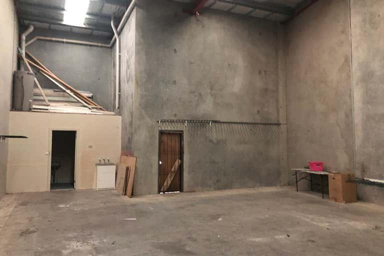 Unit 6, 4 Essex Street Minto NSW 2566 - Image 3