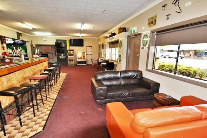 Tuppal Hotel, 149-153 Murray Street Finley NSW 2713 - Image 4