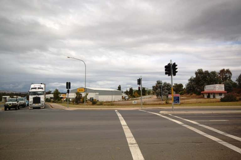 16 Reiff Street Lavington NSW 2641 - Image 3