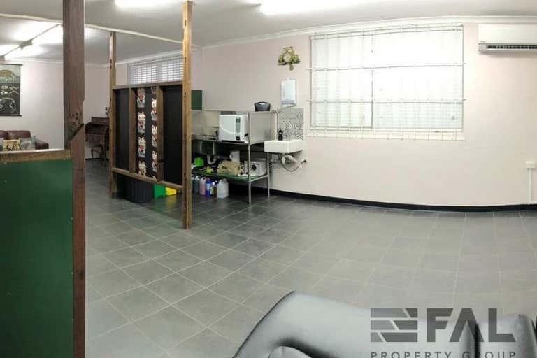 Suite  J, 399 Honour Avenue Graceville QLD 4075 - Image 1