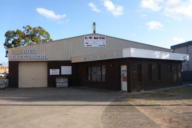 Bay 5, 3 Albert Circuit Port Macquarie NSW 2444 - Image 2