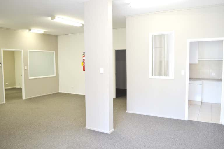 Suite 11, 131 Old Pacific Highway Oxenford QLD 4210 - Image 2