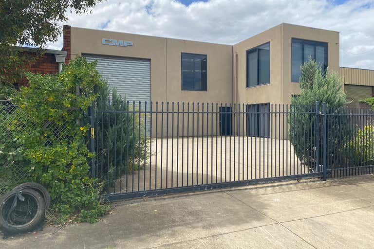 16 Disney Avenue Keilor East VIC 3033 - Image 2