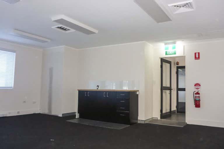 Suite 2, 17 Short Street, Marina House Port Macquarie NSW 2444 - Image 2