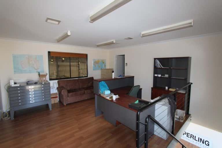 8 Riedell Street Wagga Wagga NSW 2650 - Image 2