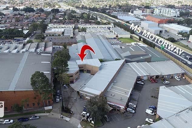 21 Garema Circuit Kingsgrove NSW 2208 - Image 3