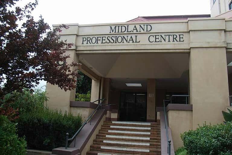 17/9 The Avenue Midland WA 6056 - Image 1