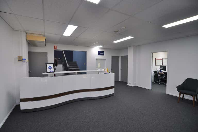 Suite 3, 5 Woolcock Street Hyde Park QLD 4812 - Image 2
