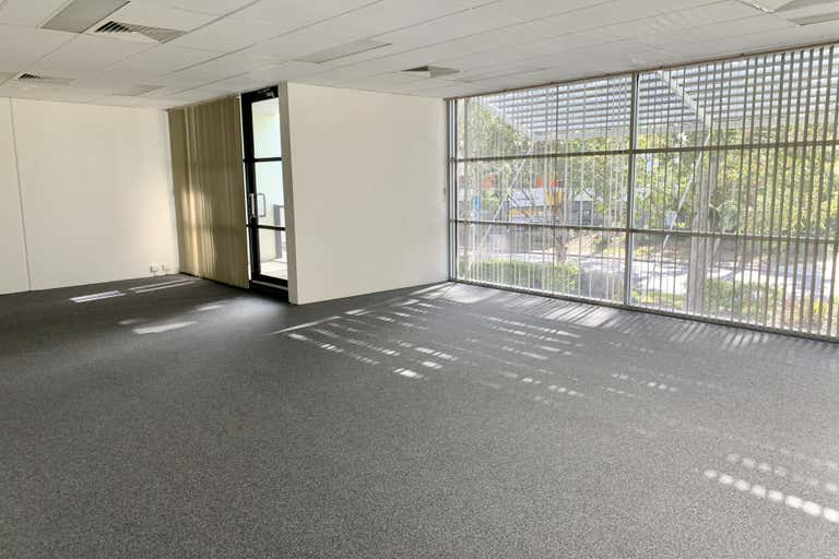 8/19 Reliance Drive Tuggerah NSW 2259 - Image 3