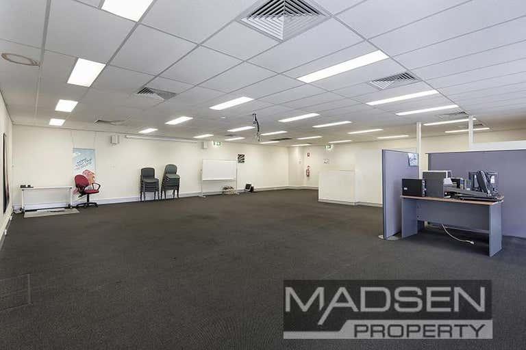2/11 Woomera Place Archerfield QLD 4108 - Image 3