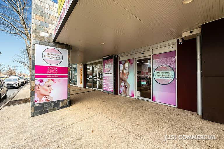 19/18-36 Lakeside Boulevard Pakenham VIC 3810 - Image 1