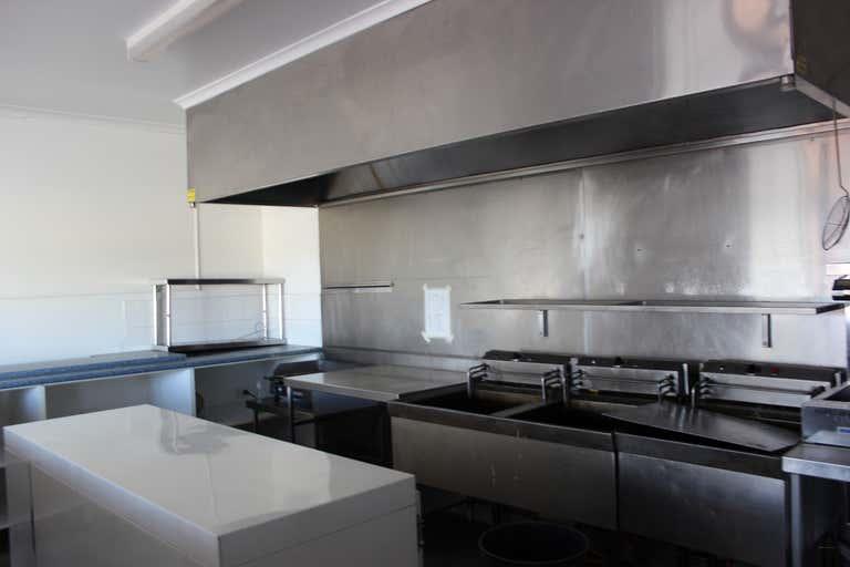 Shop 7, 692 Ruthven Street Toowoomba City QLD 4350 - Image 3