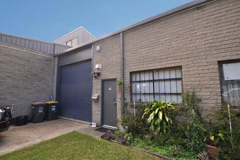 Unit 3/3 Cook Drive Coffs Harbour NSW 2450 - Image 2