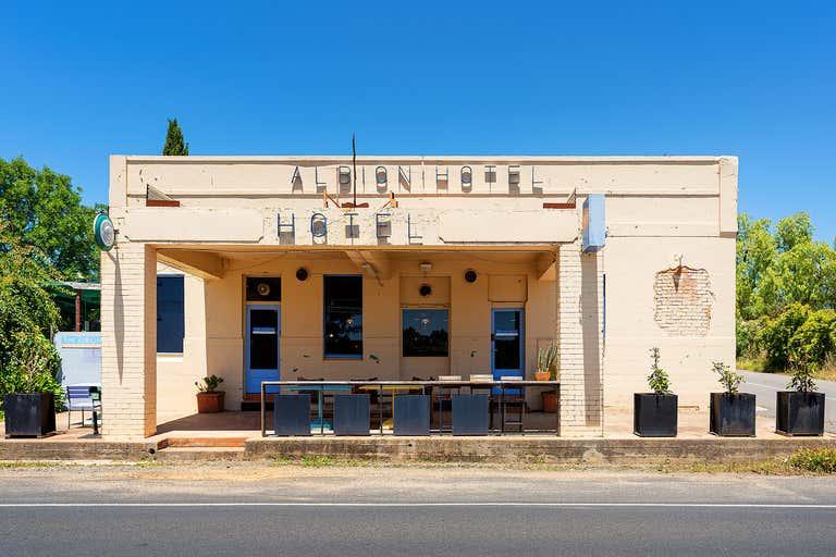 Albion Hotel Motel, 152 Duke Street Castlemaine VIC 3450 - Image 1