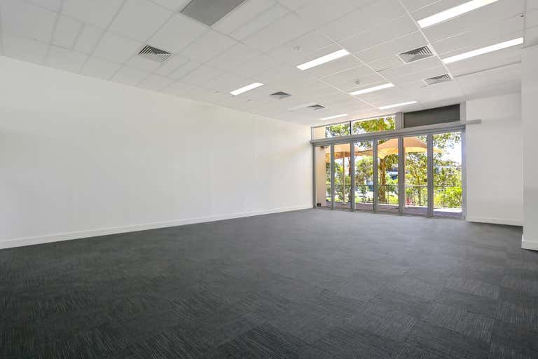 3/4 Hyde Parade Campbelltown NSW 2560 - Image 2