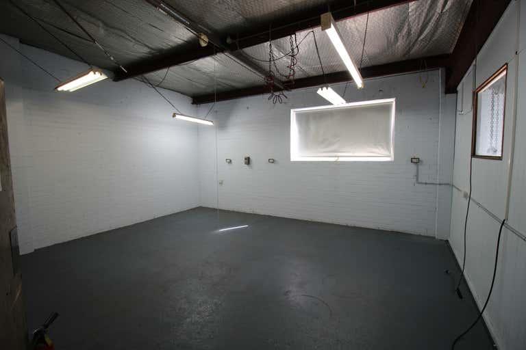 33 Planthurst Road Carlton NSW 2218 - Image 4