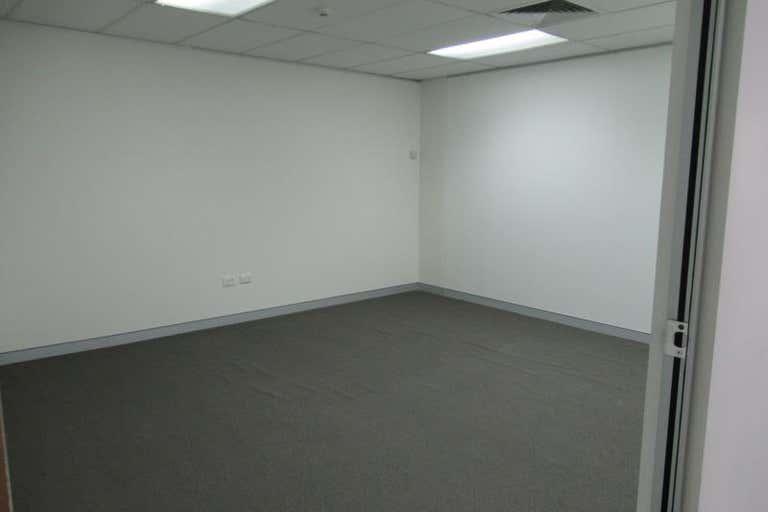 Level 4 Suite 5, 171 Bigge Street Liverpool NSW 2170 - Image 4