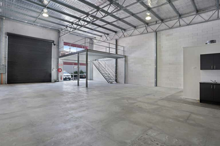 2/5 Paddock Place Rutherford NSW 2320 - Image 2