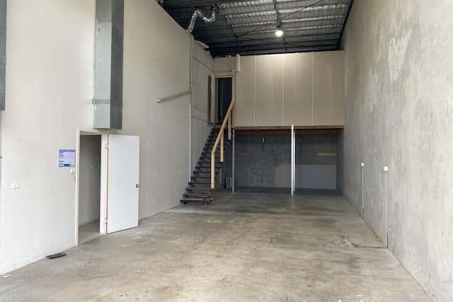 1/15  Hook Street Capalaba QLD 4157 - Image 3