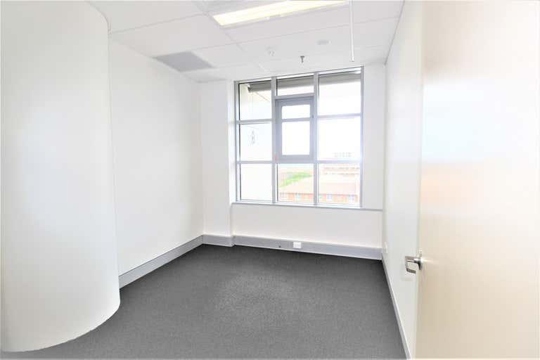 Level 5, 2 Rooms/15 Kensington Street Kogarah NSW 2217 - Image 2