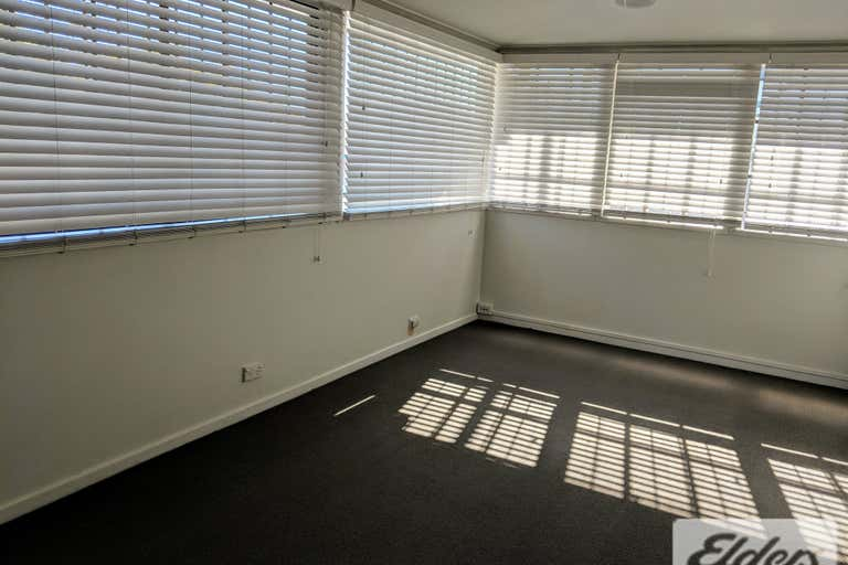 137 Logan Road Woolloongabba QLD 4102 - Image 2