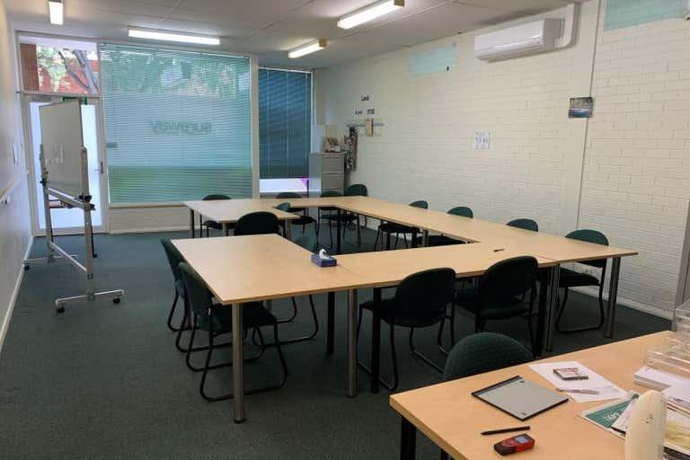 3/529 Kiewa Street Albury NSW 2640 - Image 2