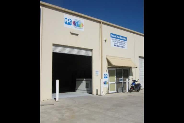 Unit 3, 235 Barrington Rd Bibra Lake WA 6163 - Image 1