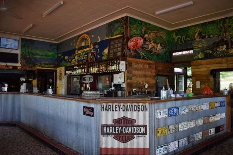 Rollingstone Hotel, 44040 Bruce Highway Rollingstone QLD 4816 - Image 1