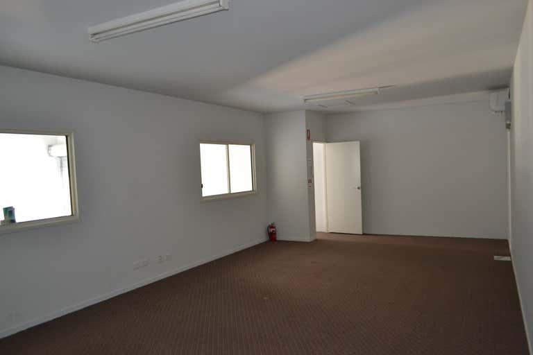 3/7-9 De Barnett Street Coomera QLD 4209 - Image 4