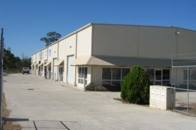Unit 3, 235 Barrington Rd Bibra Lake WA 6163 - Image 2