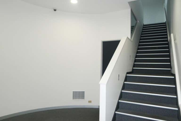 127 Boundary  Road North Melbourne VIC 3051 - Image 2
