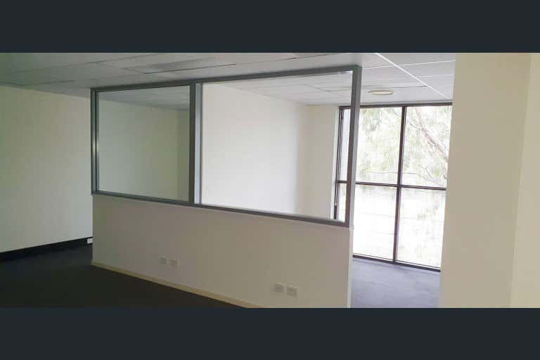 3/61-63 Primary School Court Maroochydore QLD 4558 - Image 3