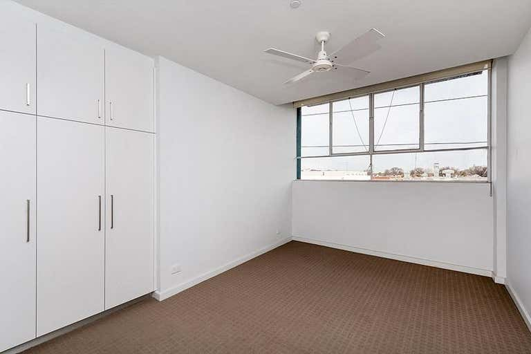 1/104 Langridge  Street Collingwood VIC 3066 - Image 4