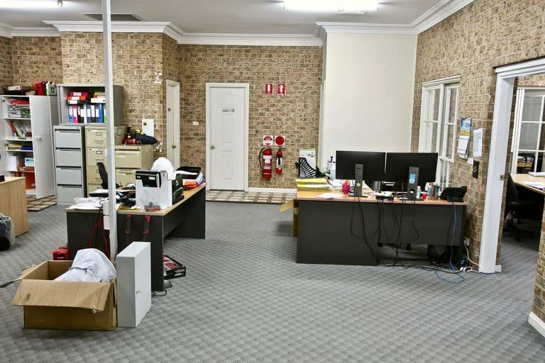 Unit 1, 18 Garling Road Kings Park NSW 2148 - Image 2