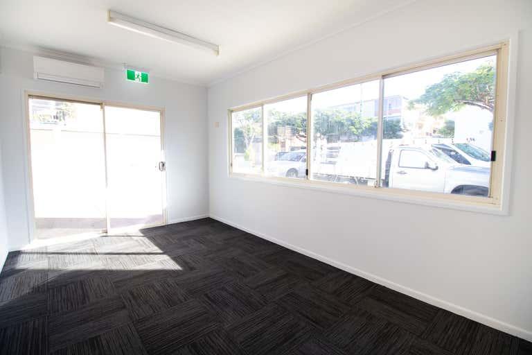 99 Racecourse Road Hamilton QLD 4007 - Image 2