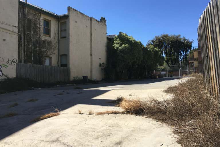 30 Grey Street St Kilda VIC 3182 - Image 2