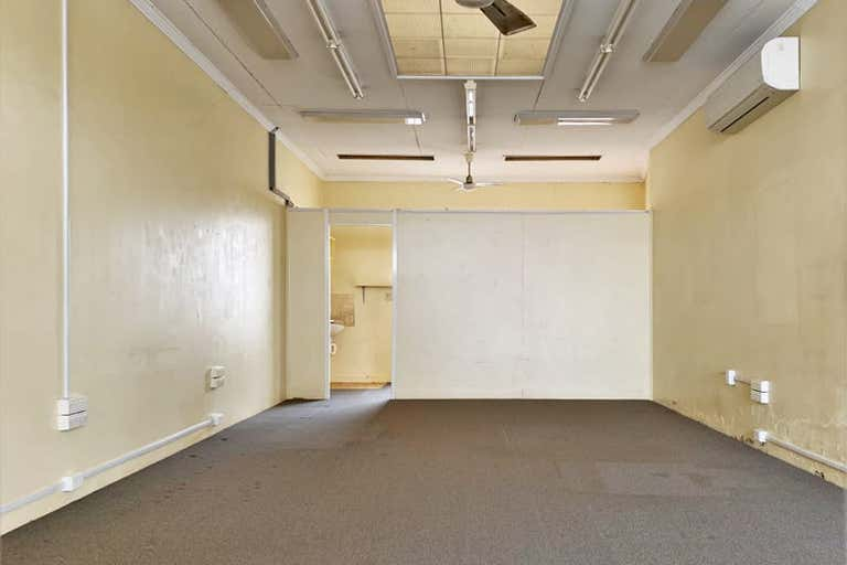 76 Russell Street Toowoomba City QLD 4350 - Image 2
