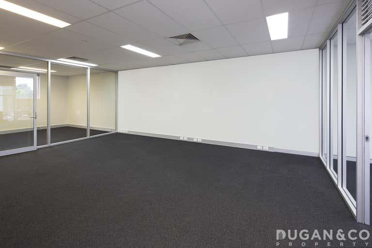 13/23 Breene Place Morningside QLD 4170 - Image 1