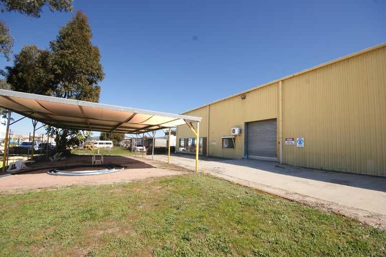 Unit B/931 Garland Avenue Albury NSW 2640 - Image 4