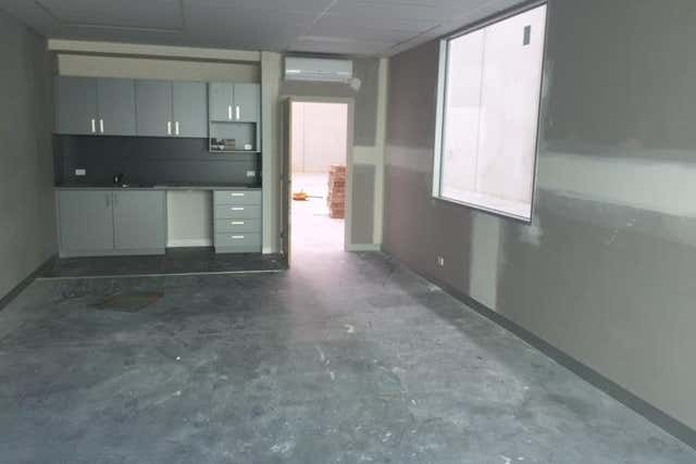Unit 6, 14 Commercial Drive Pakenham VIC 3810 - Image 4