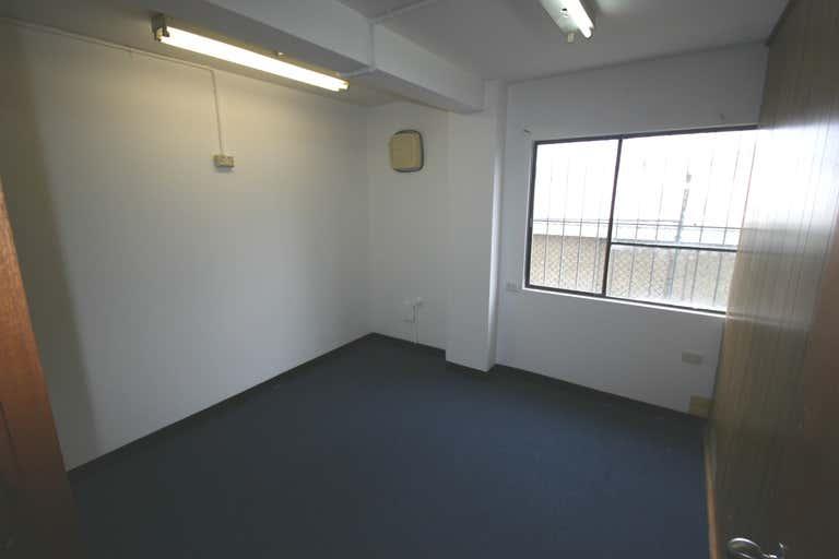 11 Gibbes Street Chatswood NSW 2067 - Image 4